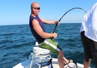 Jättiläismeriahvenia kalastamassa