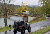 Bussikuski ei välitä sillan painorajoituksesta