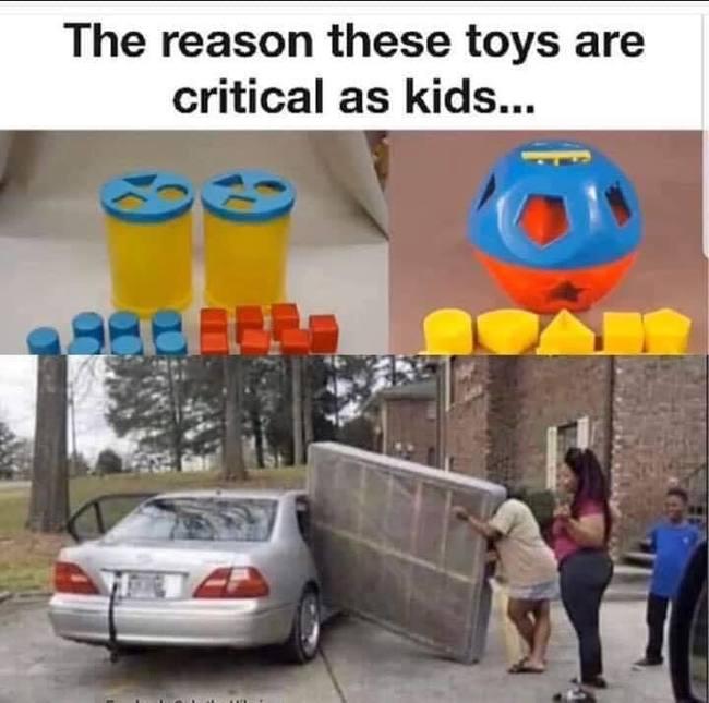 Syy miksi palikkalelut ovat tärkeitä lapsena