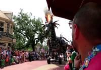 Astetta tulisempi esitys Disneyworldissa
