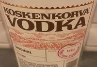 Ruotsalainen juo pullon kossua