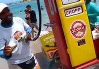 Tankkauspiste rannalla