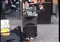 Yhden miehen orkesteri